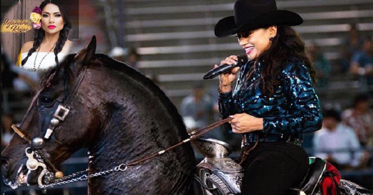 Biografía de Alejandra Rojas: La michoacana que canta magistralmente montada a caballo