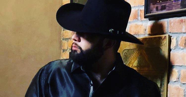Biografía de Carín León: El Malo